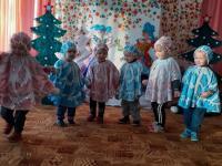"""Маленькие актеры в театре """"Фантазия"""""""